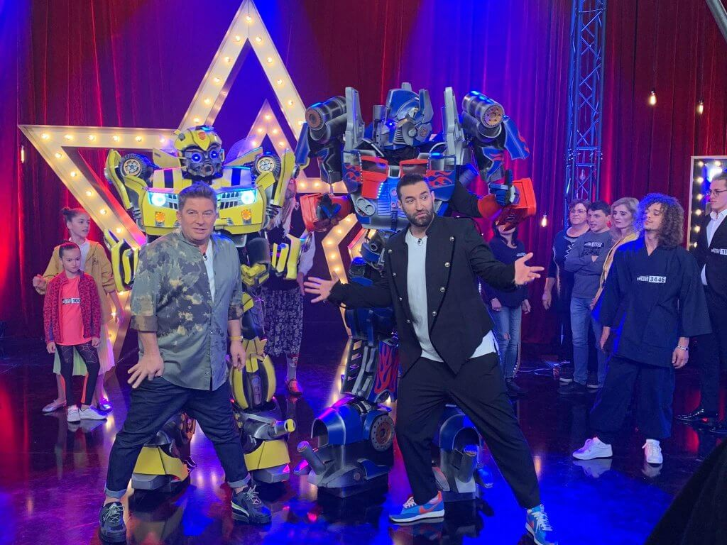 Optimus si BumbleBee la Romanii au Talent de inchiriat - Royal Entertainment
